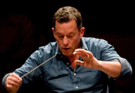 Tien jaar geleden: debuut van Laurence Dale alsdirigent