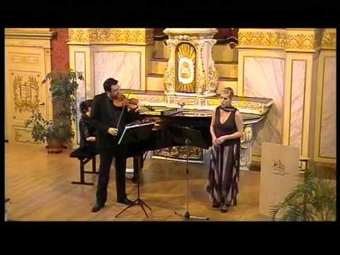 Twintig jaar geleden: nieuwjaarsconcert met HelenaMaes