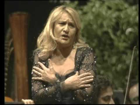 """Twintig jaar geleden: Marta Franco in """"Il mondo dellaluna"""""""