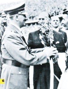 90 lindbergh bij hitler op de OS van 1936