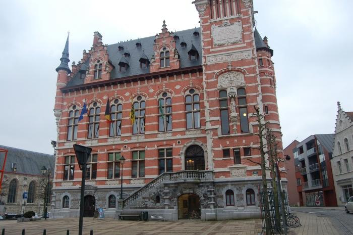 Boek over het Gemeentehuis vanTemse