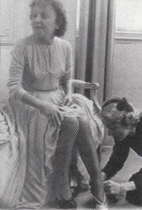 Dietrich aan de voeten van Piaf