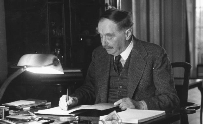Herbert George Wells(1866-1946)