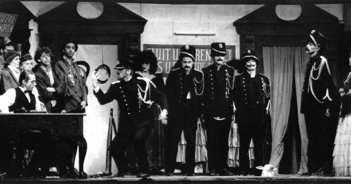 """35 jaar geleden: """"De Driestuiversopera"""" inArena"""