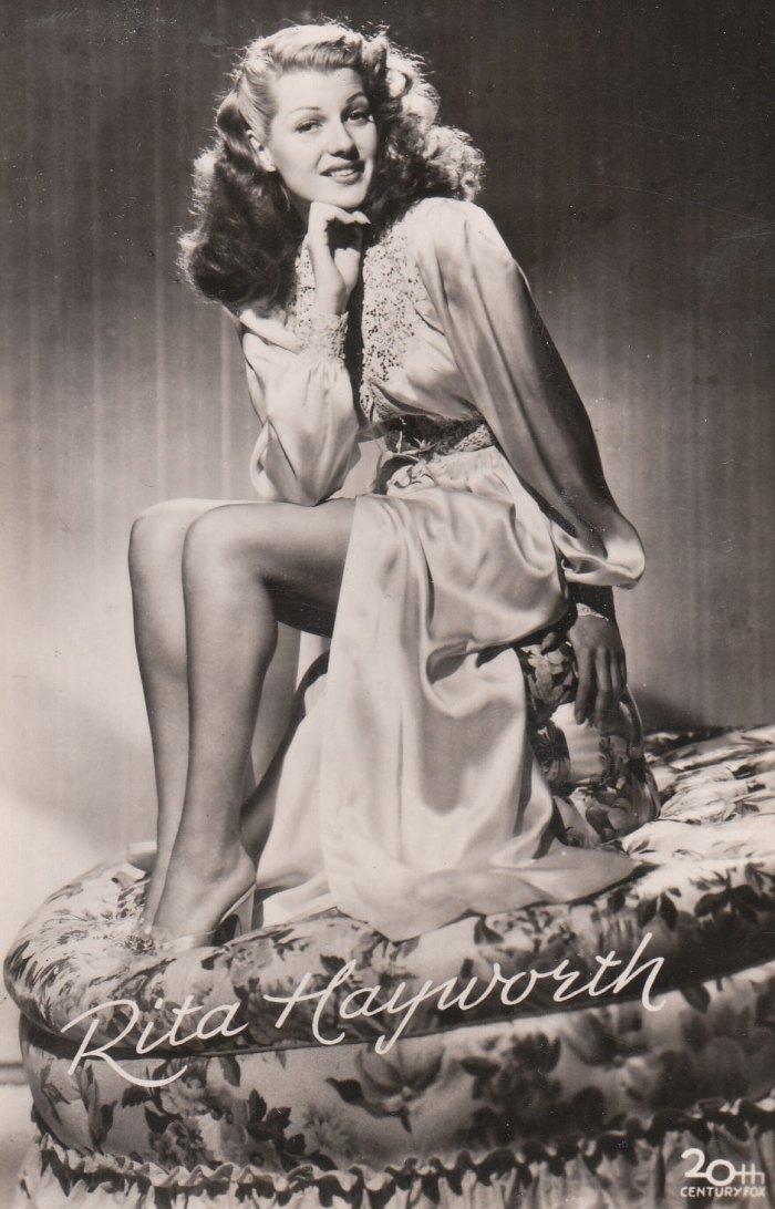 25 Rita Hayworth