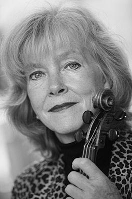 Emmy Verhey wordt 65… – dagelijks iets degelijks Emmy Verhey
