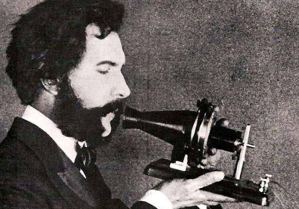 Alexander Bell, Antonio Meucci, Queen Victoria, Robert Goddard en het gebruik van detelefoon