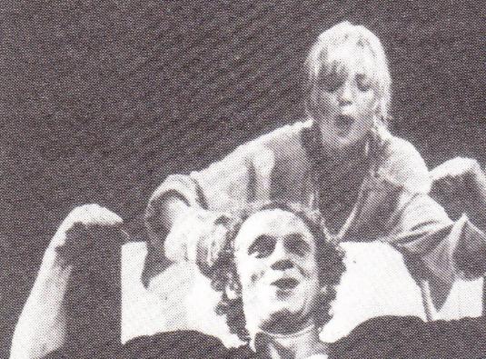 35 jaar geleden: kindertheater met de a van avontuur of vanabstract?