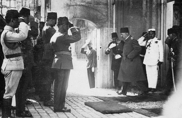 Honderd jaar geleden: het sultanaat afgeschaft inTurkije