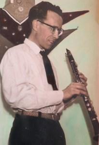 Jack De Graef links met klarinet