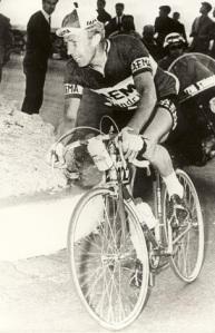 50 Armand Desmet
