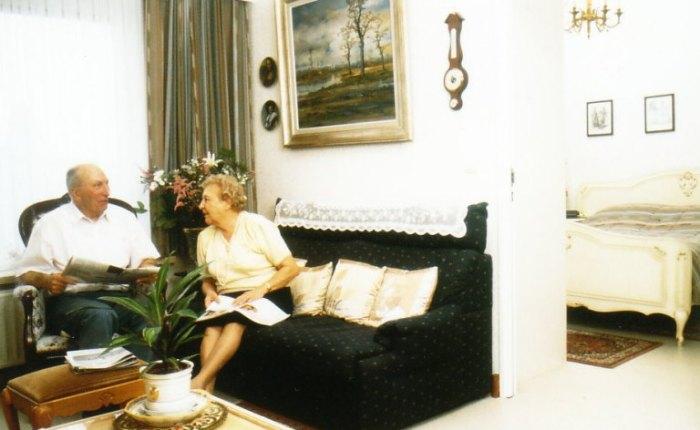 25 jaar geleden: mijn ouders naar eenserviceflat