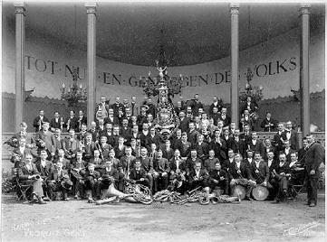 73 Harmonie Vooruit in 1886