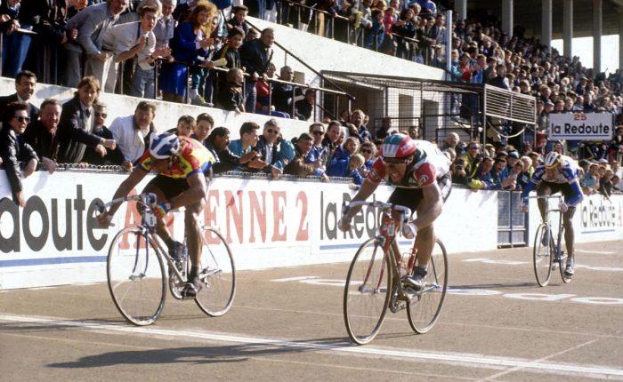 Dertig jaar geleden: Eddy Planckaert wintParijs-Roubaix