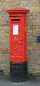 red_postbox26