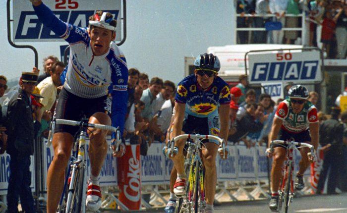 Dertig jaar geleden: Frans Maassen wint een halve rit in Futuroscope die de Tour voor het grootste deel zalbepalen