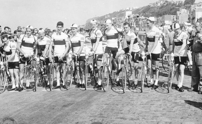 Zestig jaar geleden: voor het eerst een volledig Brits team aan de start van de Tour deFrance