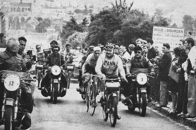 Vijftig jaar geleden: Herman Vanspringel wint zijn eersteBordeaux-Parijs