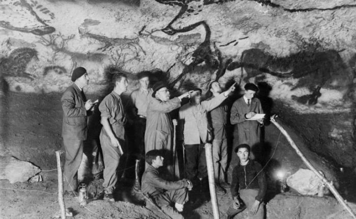Tachtig jaar geleden: terwijl de oorlog over Europa raast, ontdekt men de grotten vanLascaux