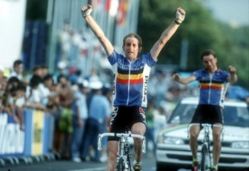 Dertig jaar geleden: Rudy Dhaenens wereldkampioen inUtsunomiya