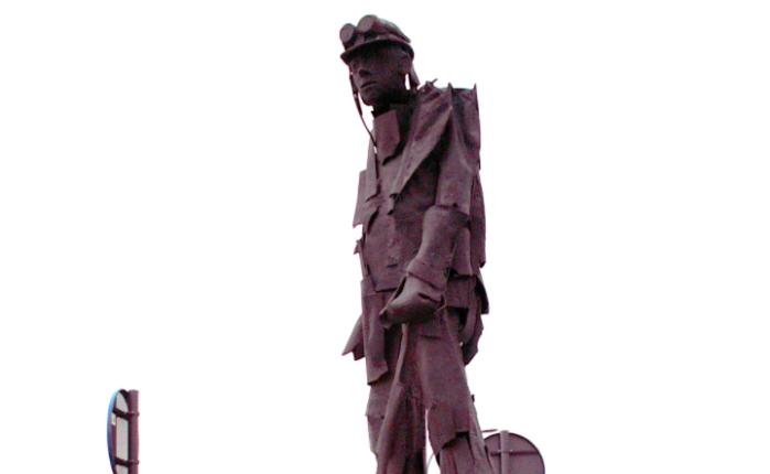 """Vijftien jaar geleden: onthulling standbeeld """"De Zaatman""""(Temse)"""