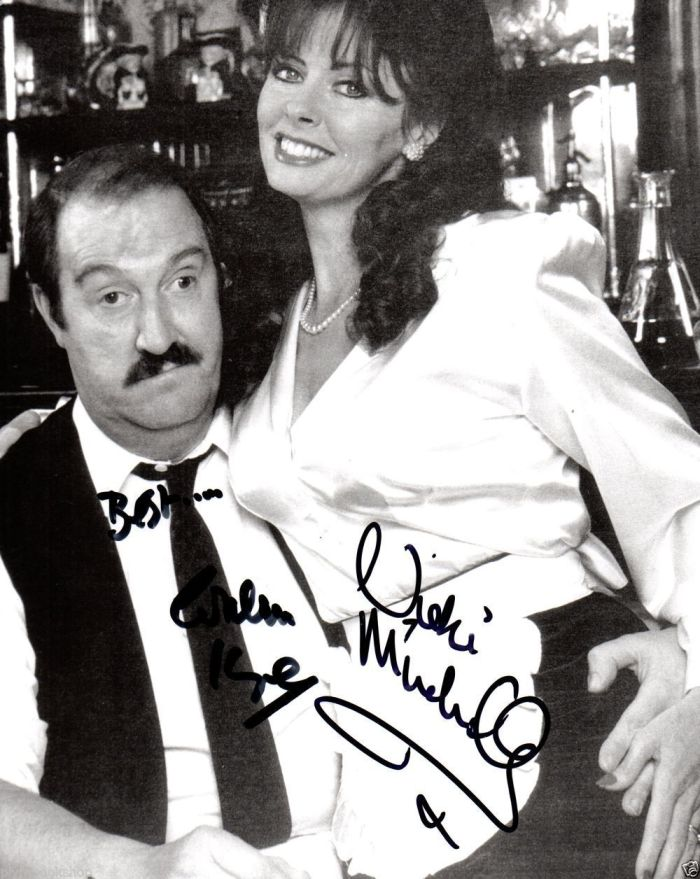 Allo-Allo-Vicki-Michelle-Gordon-Kaye-Authentic-Signed-Photograph-261487620398