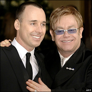 Tien jaar geleden: samenlevingscontract van Elton John met DavidFurnish