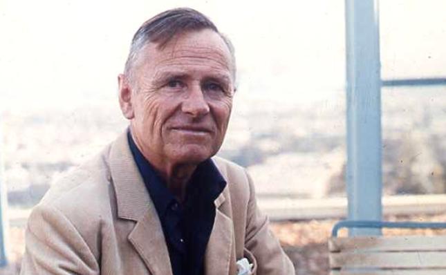 Christopher Isherwood (1904-1986)