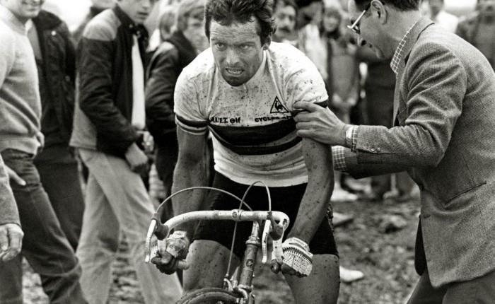 Veertig jaar geleden: Bernard Hinault wintParijs-Roubaix