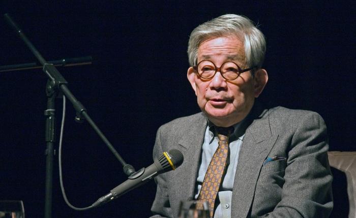 Kenzaburo Oë wordt85…
