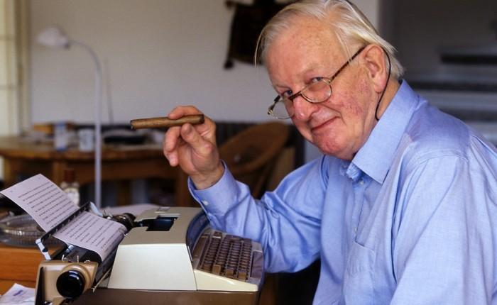 Tom Sharpe (1928-2013)