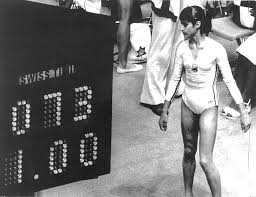 """45 jaar geleden: Nadia Comaneci haalt de eerste """"perfect ten"""" op deO.S."""