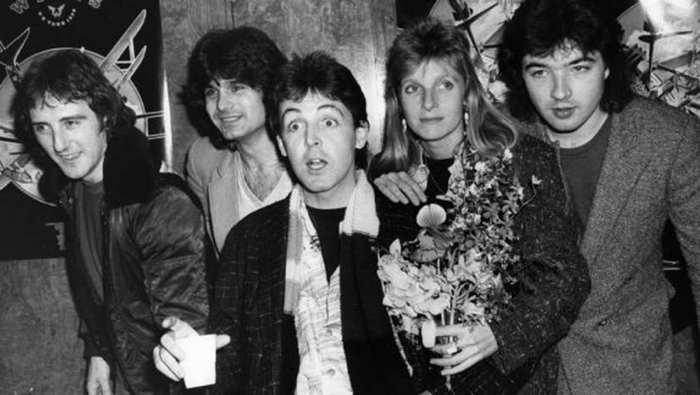 Vijftig jaar geleden: Paul McCartney stelt zijn nieuw groep Wingsvoor