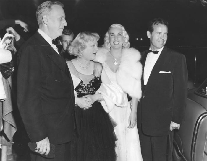 photo-1940s-hearst-davies-van-cleve-lake_ciros