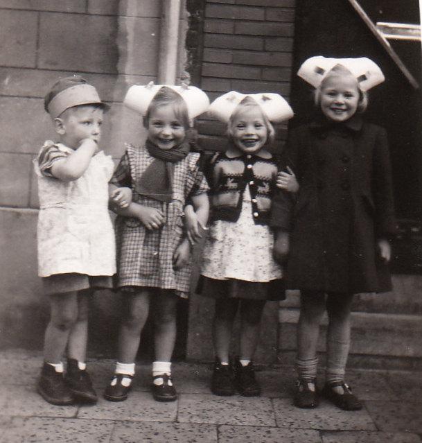 74 kinderen uit de eeckhautdriesstraat