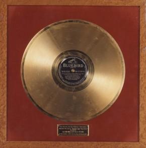 75 jaar geleden: de eerste goudenplaat