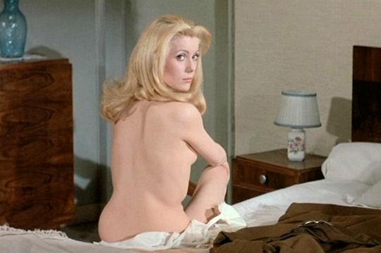 """Vijftig jaar geleden: """"Belle de Jour"""" wint de GoudenLeeuw"""