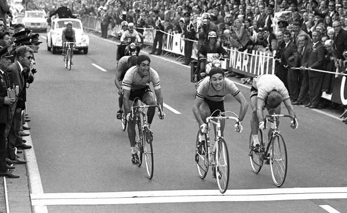 Vijftig jaar geleden: Eddy Merckx klopt Jan Janssen inHeerlen
