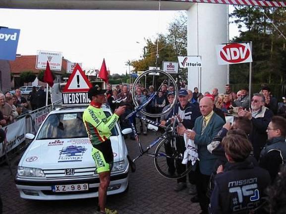 Vijftien jaar geleden: Ludo Giesberts doet beter dan EddyMerckx