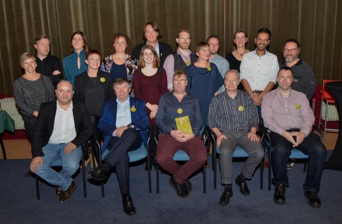 Toneelvereniging CODE bekroont '12 jaar theater maken buiten de comfortzone' met de uitgave van eenboek
