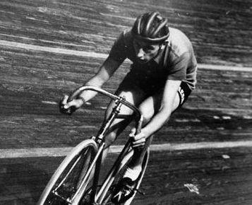 75 jaar geleden: Fausto Coppi vestigtwerelduurrecord