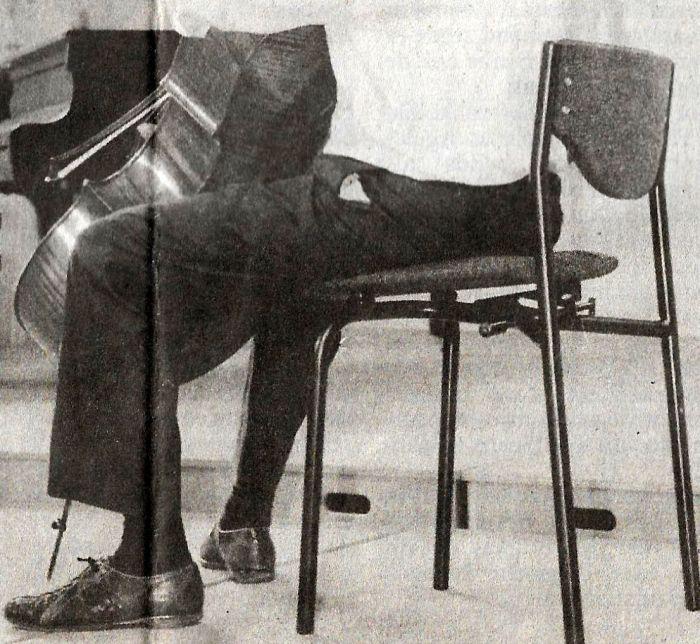 Wees gezeten en strijk, mijnheer de muzikant!(*)