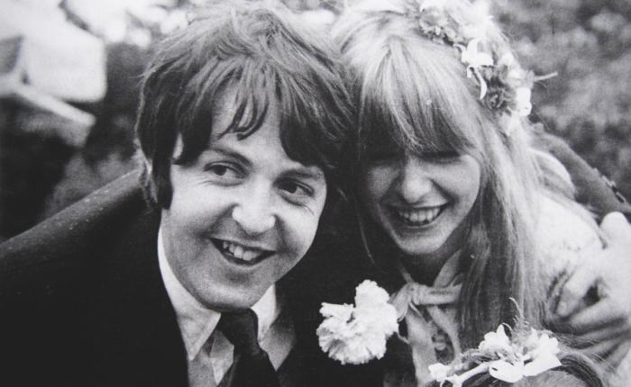 Vijftig jaar geleden: Paul McCartney verlooft zich met JaneAsher