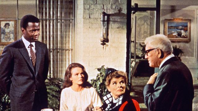 """Vijftig jaar geleden: première van """"Guess who's coming todinner"""""""