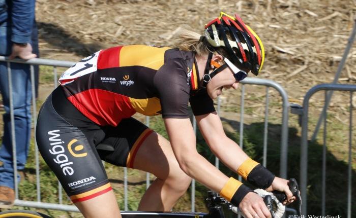 Jolien D'hoore wint nogmaals in de Women'sTour