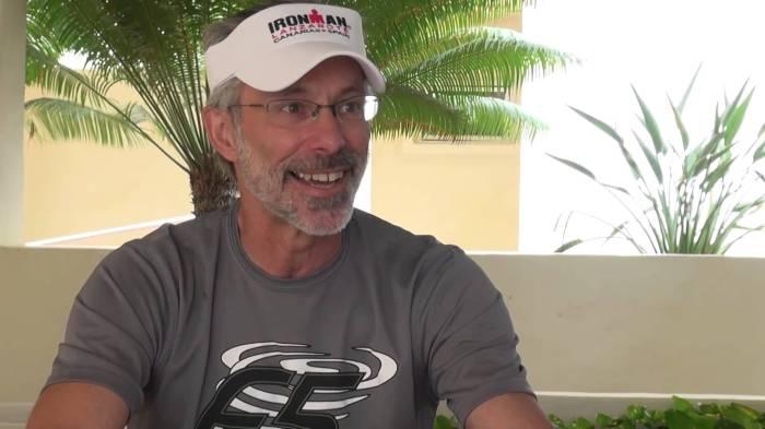 Veertig jaar geleden: Gordon Haller wint de eerste Iron Man Triatlon opHawaï
