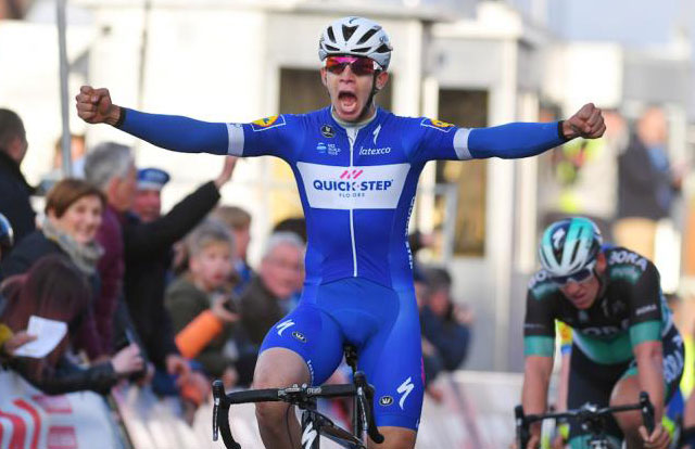 Alvaro Hodeg wint in de BinckBankTour