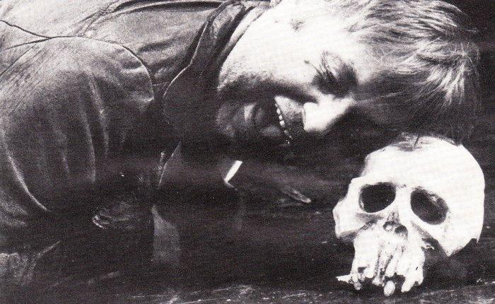 """35 jaar geleden: de """"Hamlet"""" van HugoClaus"""