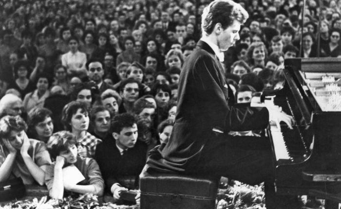 Zestig jaar geleden: de Amerikaan Van Cliburn wint de Tsjaikovski-wedstrijd inMoskou