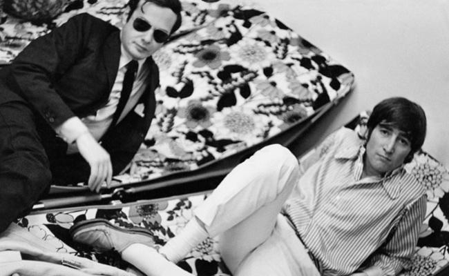 55 jaar geleden: John Lennon op vakantie met BrianEpstein